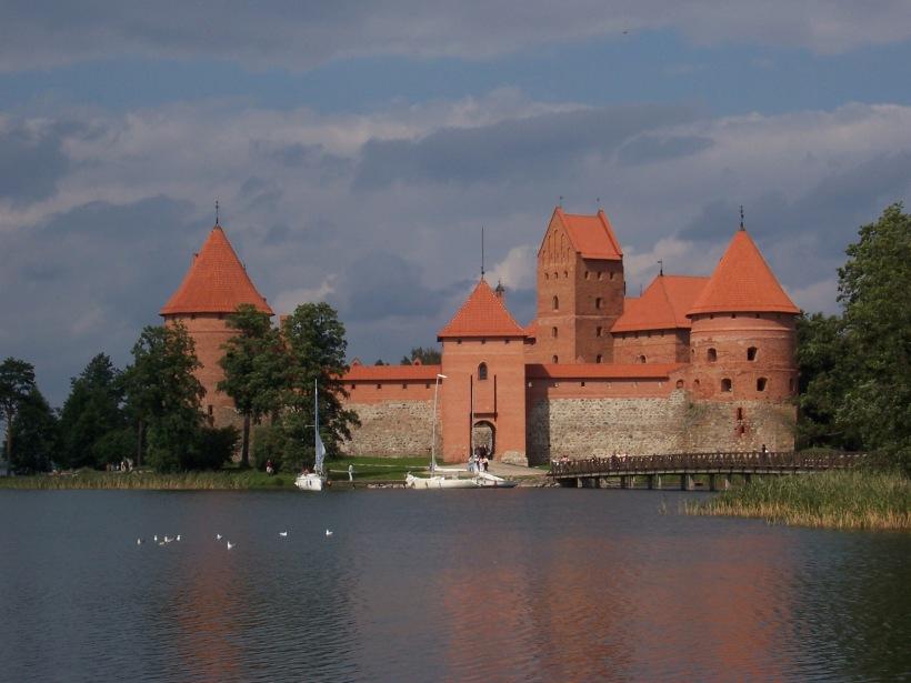 cangaroojack trakai island castle